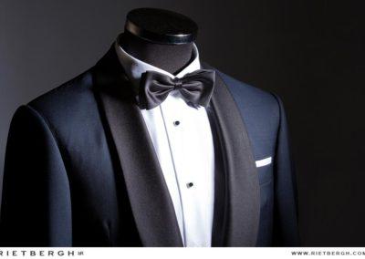 Blauwe smoking op maat - James Bond stijl