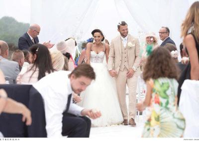 Erik Pieters in een driedelig trouwpak