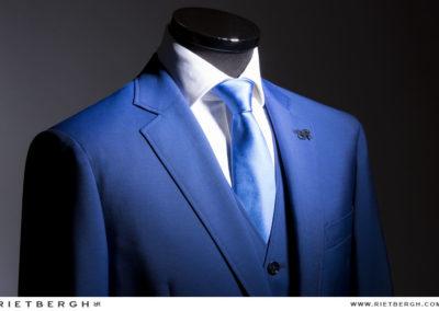 Driedelig trouwpak in de kleur blauw